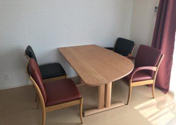 椅子・テーブル・ベッド納品事例
